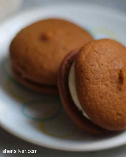 Pumpkin Whoopie Pies l sherisilver.com