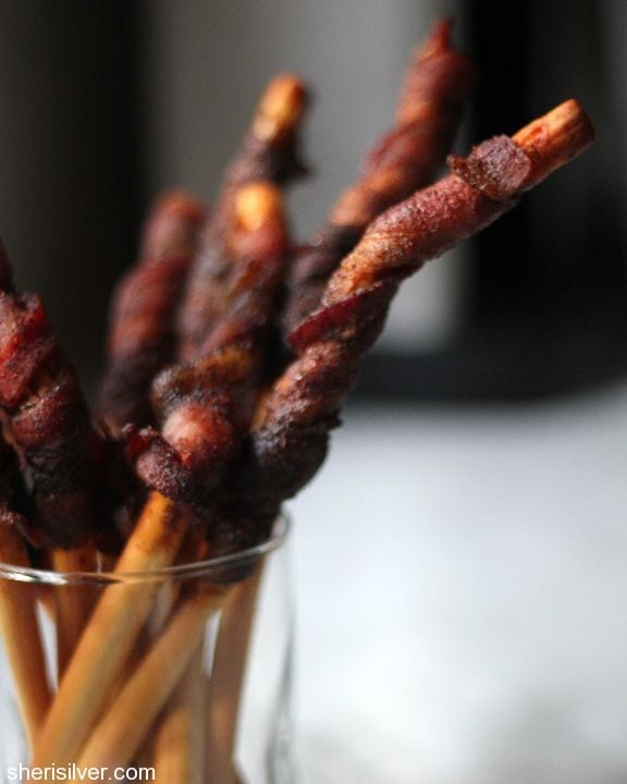 chili bacon breadsticks