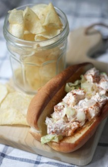lobster roll, homemade mayonnaise
