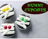 "halloween ""in the house"" – mummy cupcakes"