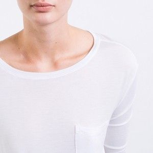 everlane long sleeve tee shirt white