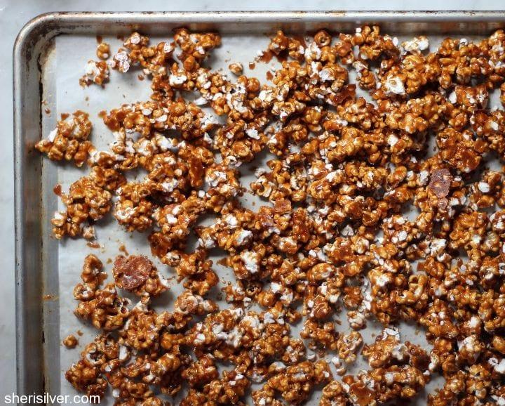 vermont maple sriracha caramel corn