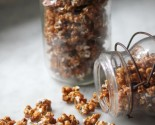 vermont maple sriracha caramel corn