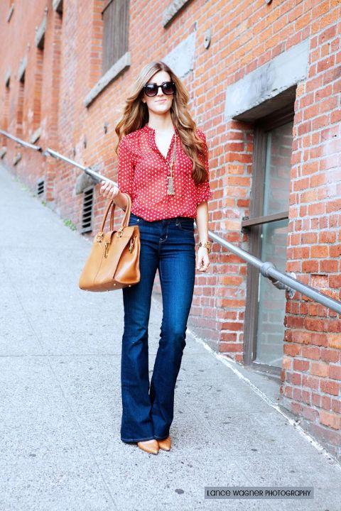2e4b544de77de9 how to wear flared jeans