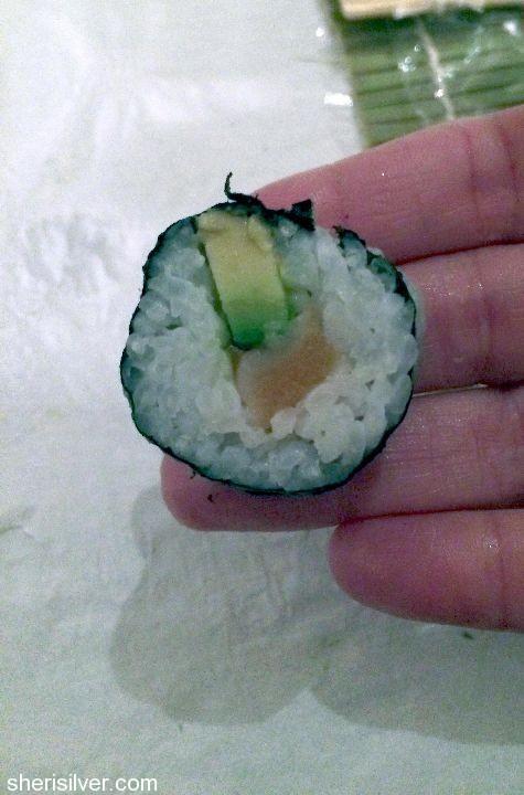 sushi making class salmon roll