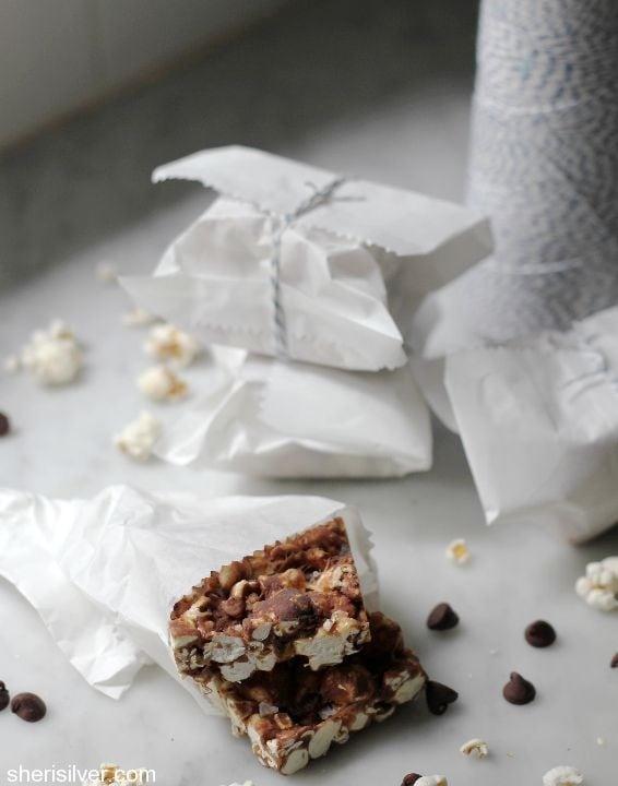 chocolate popcorn bars