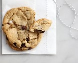 cookie jar: ovenly's vegan chocolate chip cookies