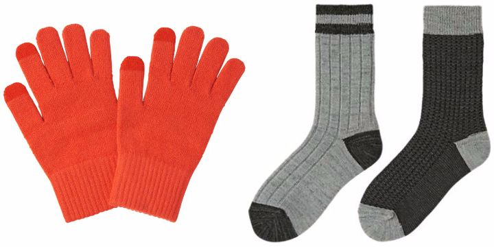 uniqlo heattech gloves and socks