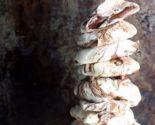 chocolate-swirled-vegan-meringues