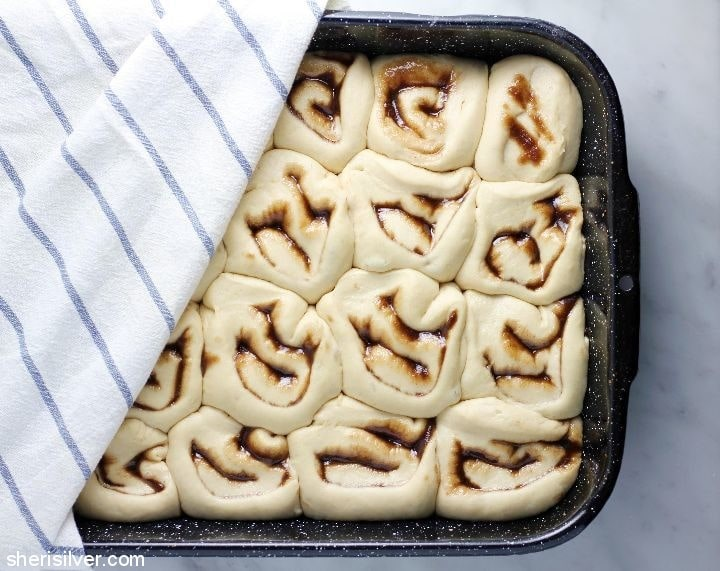 vegan buttermilk cinnamon rolls