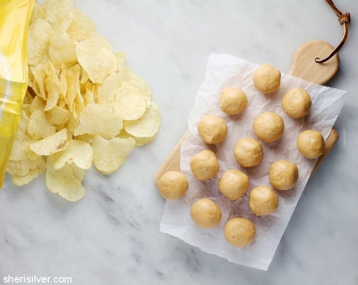 peanut butter potato chip truffles