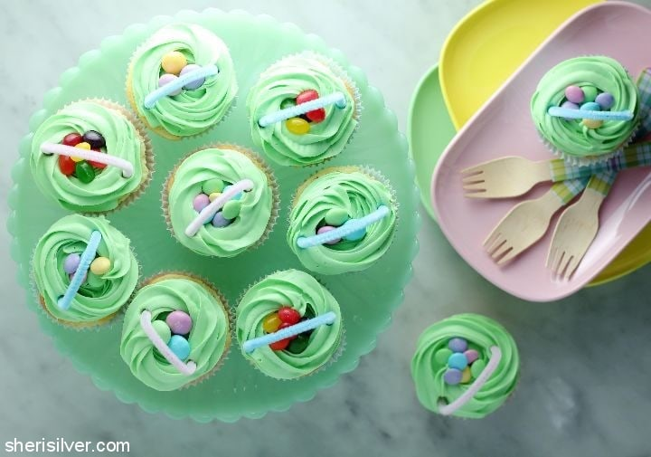 surprise cupcake baskets #ad