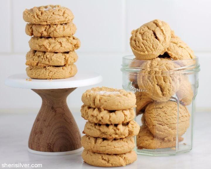 3 ingredient vegan peanut butter cookies