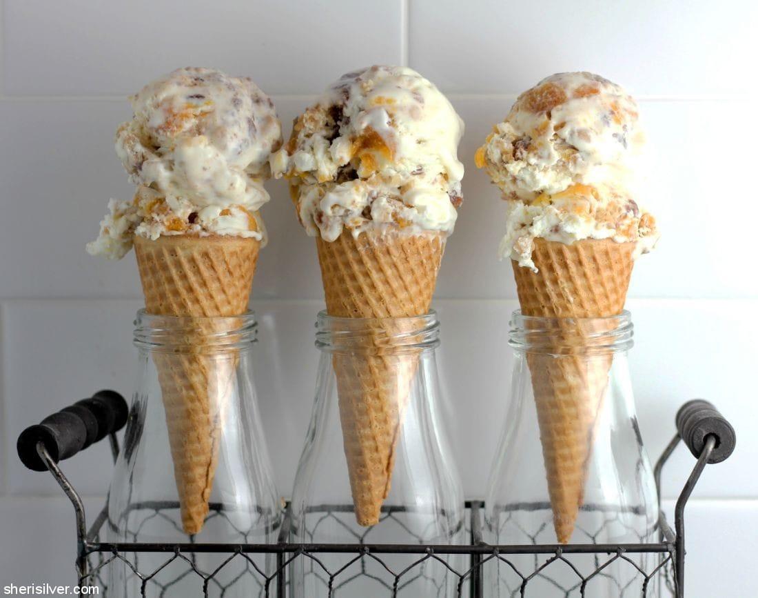 Peach Cobbler Ice Cream l sherisilver.com