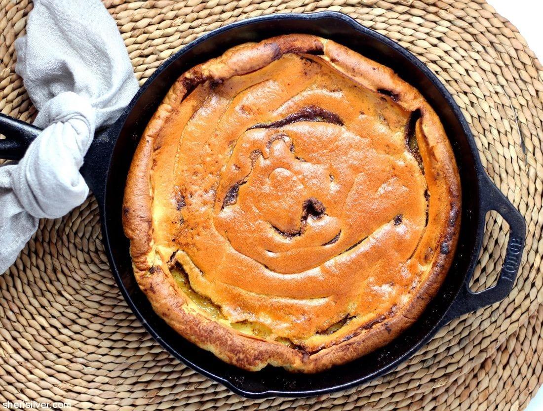 Cinnamon Roll Dutch Baby l sherisilver.com