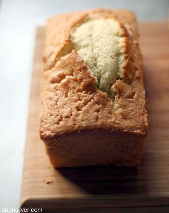deluxe double vanilla pound cake