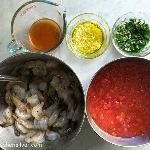 shrimp fra diavlo, mise en place