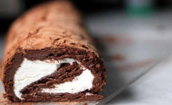 flourless chocolate roulade