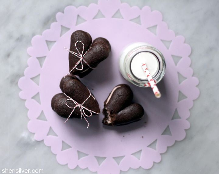 heart shaped whoopie pies