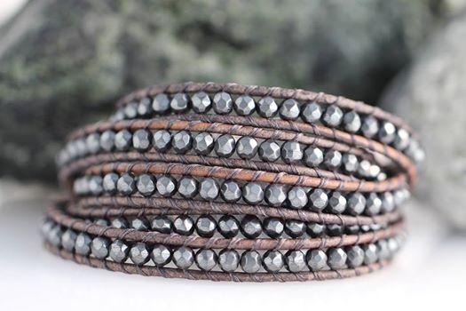 eighteen bees wrap bracelet
