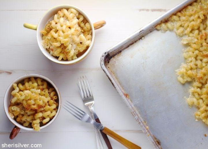 Sheet Pan Mac and Cheese l sherisilver.com #ad