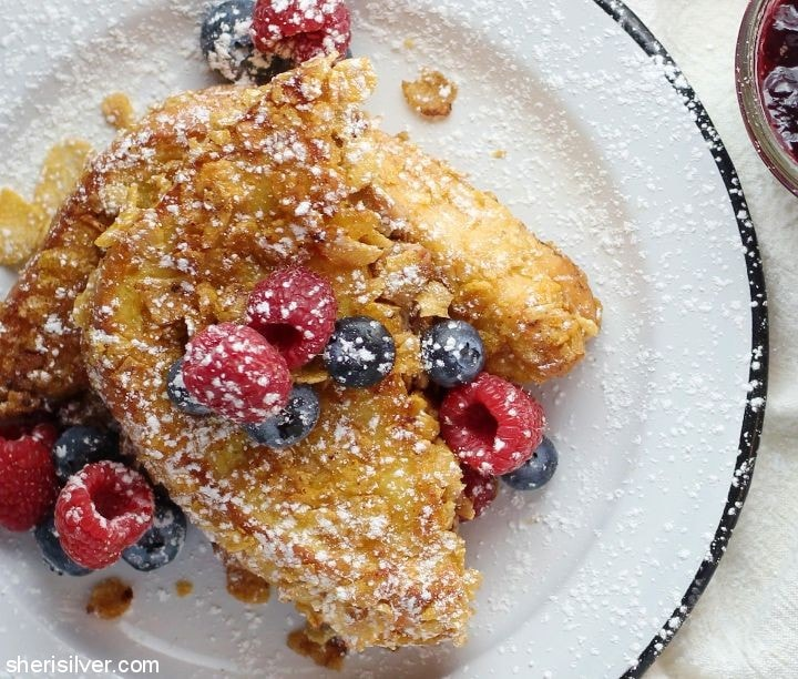 Peanut Butter and Jelly French Toast l sherisilver.com #ad