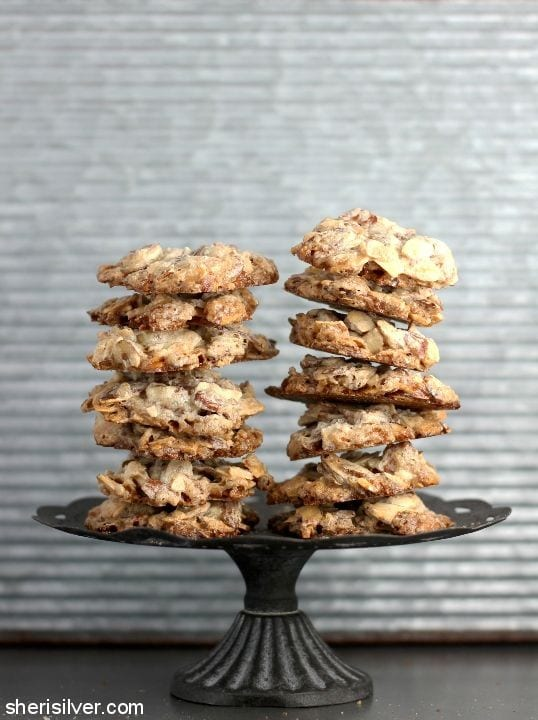 3 Ingredient Vegan Almond Cookies l sherisilver.com