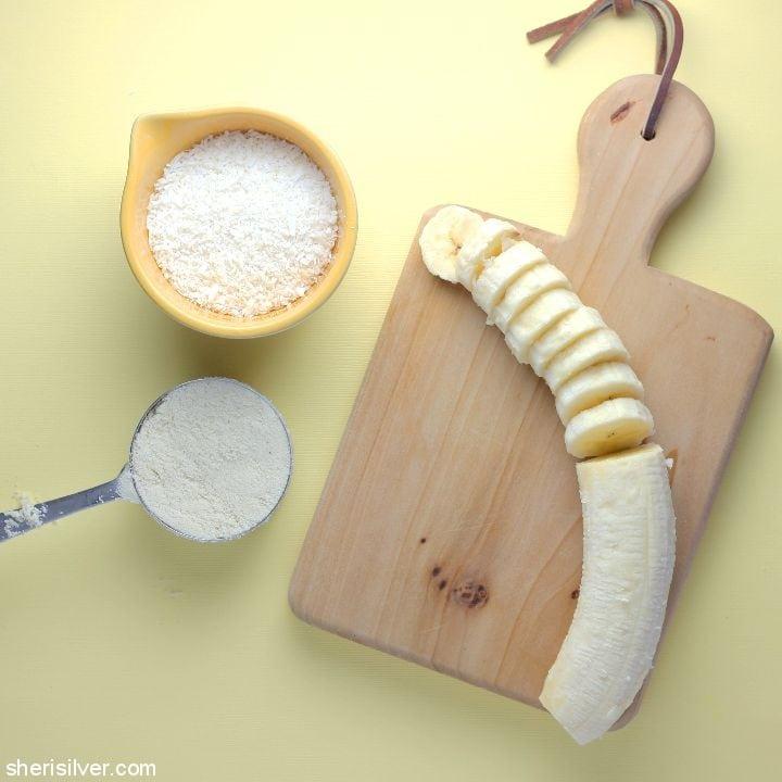 Almond Flour Coconut Cookies l sherisilver.com