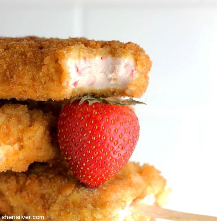 Strawberry Shortcake Pops l sherisilver.com
