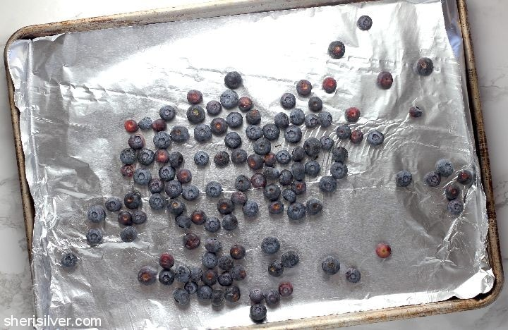 How to Freeze Berries l sherisilver.com