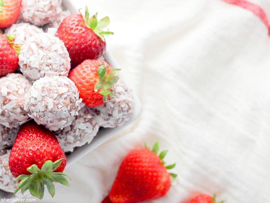 Strawberry Energy Bites l sherisilver.com