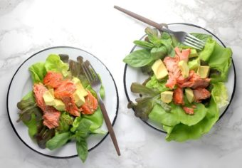 Grilled Salmon Salad l sherisilver.com #ad