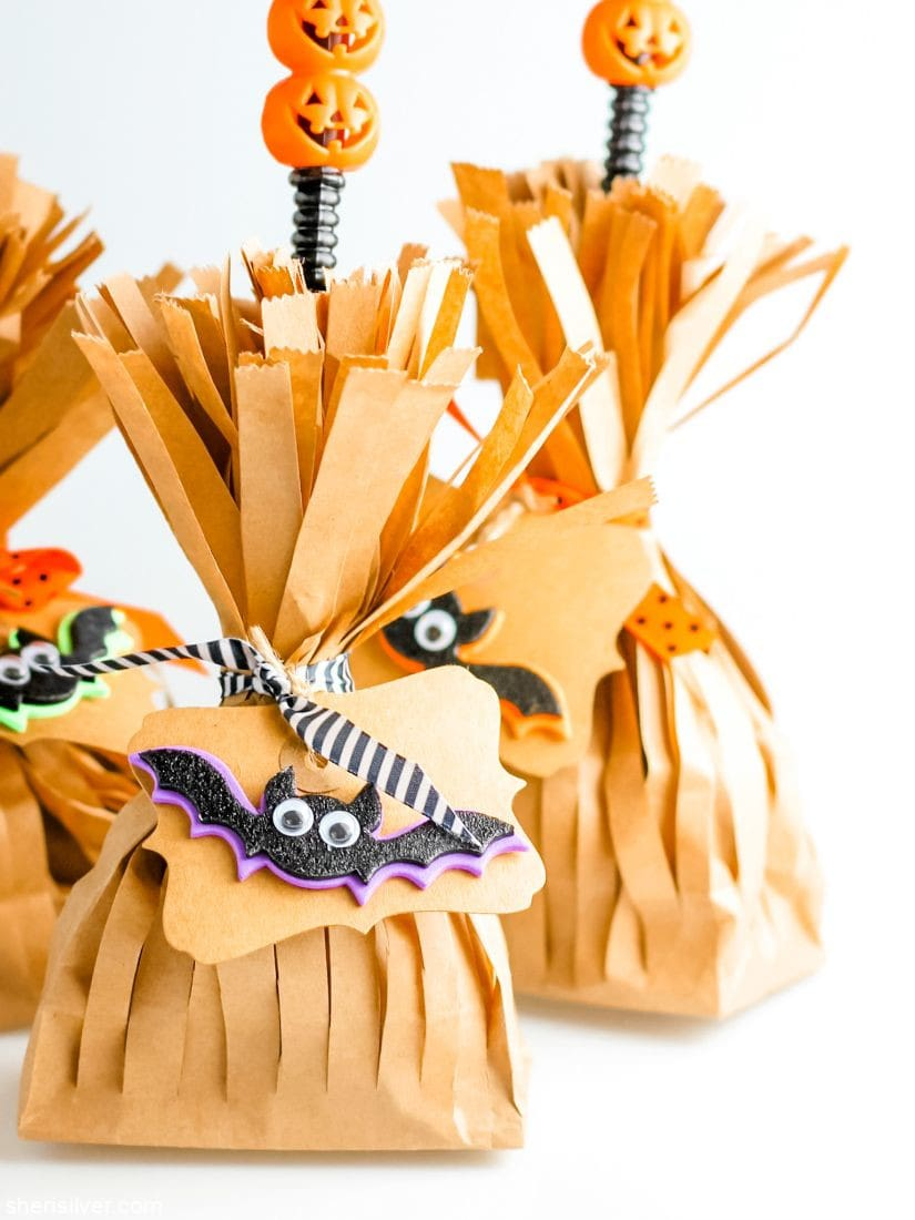 Witch's Broom Goody Bags l sherisilver.com