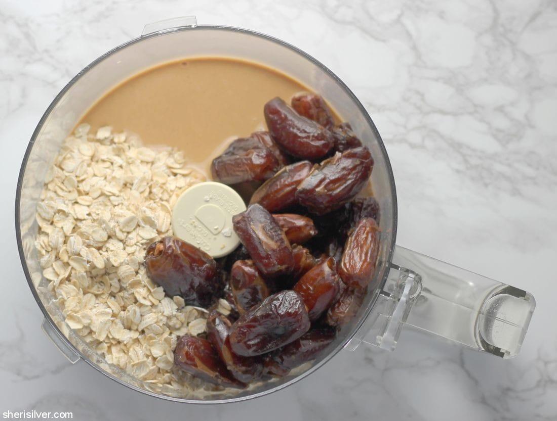 3-Ingredient Tahini Date Cookies l sherisilver.com