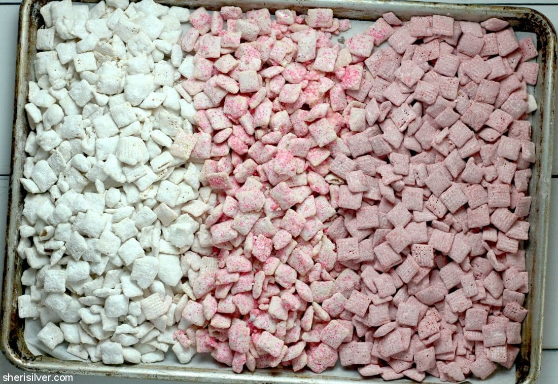 Berries and Cream Muddy Buddies l sherisilver.com