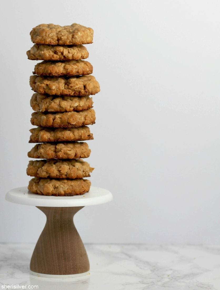 3-Ingredient Oatmeal Cookies l sherisilver.com