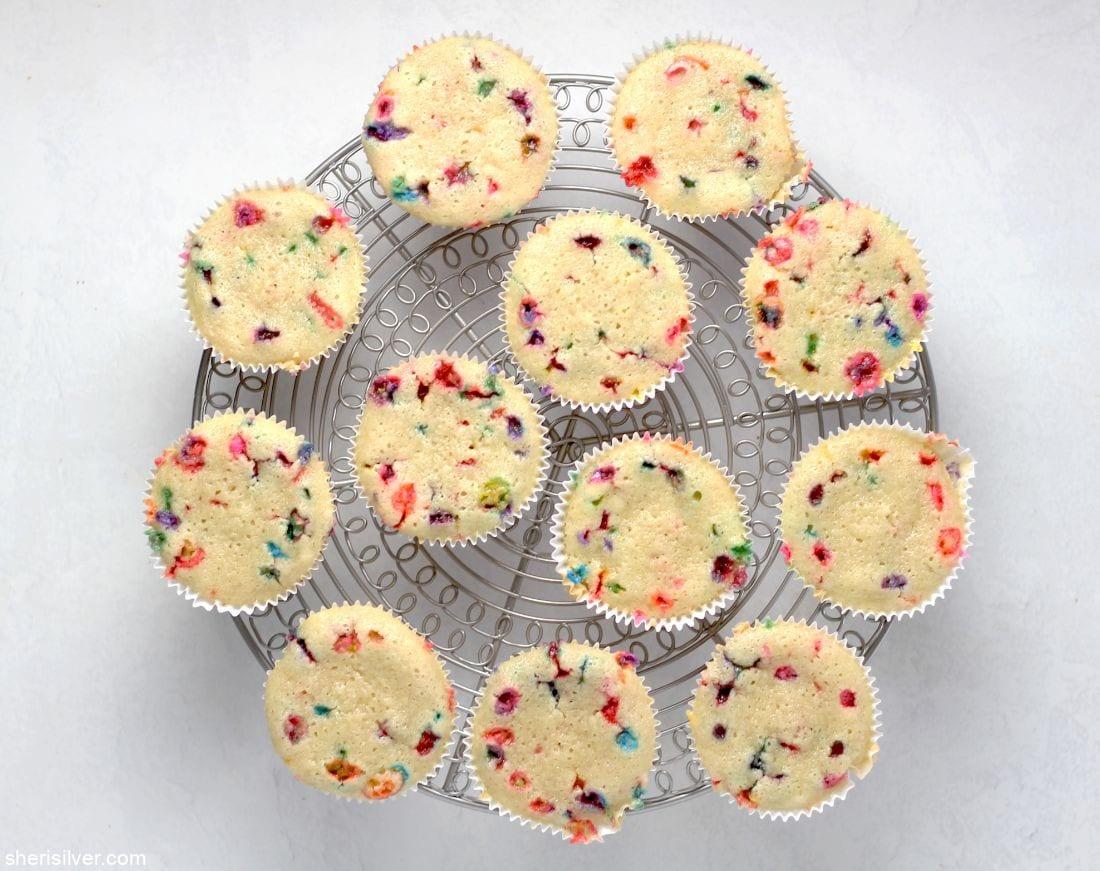 Vegan Funfetti Cupcakes l sherisilver.com