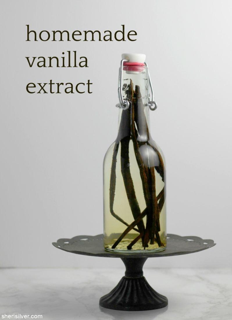 Homemade Vanilla Extract l sherisilver.com