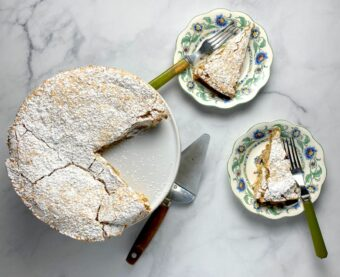 Coconut Macaroon Cake l sherisilver.com